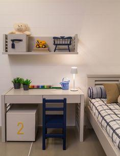 Decoração Quarto Infantil de Menino Azul e Bege (Arquiteta: Caroline Gabríades)