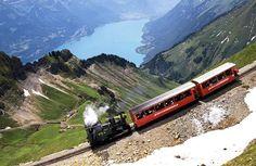Montanha abaixo. Suíça.brienzer rothorn mountain, switzerland