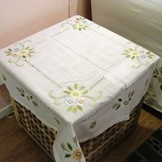 Cheap Table Cloth on Sale at Bargain Price, Buy Quality flower highlighter, tablecloths prices, tablecloth pvc from China flower highlighter Suppliers at Aliexpress.com:1,Shape:Square 2,Use:Home,Outdoor,Hotel,Wedding,Party,Banquet,Other 3,Pattern Type:Floral 4,Feature:Other 5,Style:Pastoral