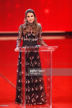 Fotografia de notícias : Queen Rania of Jordan during the Ein Herz Fuer...