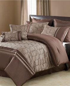 looking for a new bed set that will go with our already teal walls and brown curtains