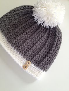 Ravelry: Ribbed Women's Hat pattern by With Love by Jenni Free Pattern. Quick Crochet, Crochet Cap, Crochet Beanie, Love Crochet, Beautiful Crochet, Diy Crochet, Crochet Crafts, Crochet Projects, Crochet Hat For Women
