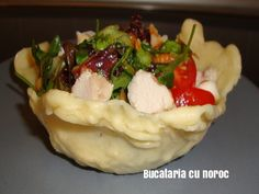 Bucataria cu noroc - Detalii Mashed Potatoes, Ethnic Recipes, Food, Whipped Potatoes, Smash Potatoes, Essen, Meals, Yemek, Eten