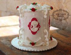Victorian Cameo Cake by Vintique Cakes (Anita)  - http://cakesdecor.com/cakes/213158-victorian-cameo-cake