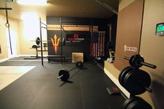garage gym photo - I really like what they've done to the place