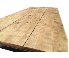 Mesa de centro en madera y hierro de ARRIARRi en Etsy https://www.etsy.com/es/listing/246247444/mesa-de-centro-en-madera-y-hierro
