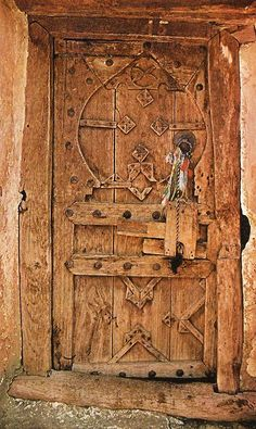Wow... Handmade wooden door