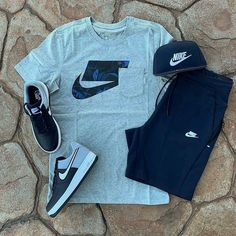 Pick one outfit Cute Nike Outfits, Dope Outfits For Guys, Swag Outfits Men, Tomboy Outfits, Casual Outfits, Mode Streetwear, Streetwear Fashion, Dope Fashion, Surf Style