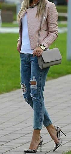 Jaqueta nude + jeans detonado