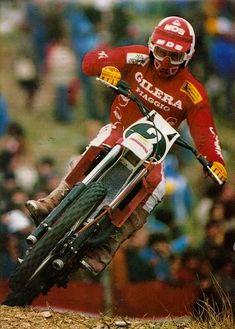 Motocross Action, Motocross Riders, Mx Bikes, Cool Bikes, Dirt Bikes, 2 Stroke Dirt Bike, Vintage Helmet, Off Road Racing, Vintage Motocross