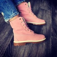 Bocanci dama roz imblaniti piele ecologica Timberland Boots, High Tops, High Top Sneakers, Interior, Shoes, Fashion, Moda, Zapatos, Shoes Outlet