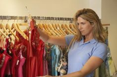 How to Get Wholesale Clothing for Retail Sales
