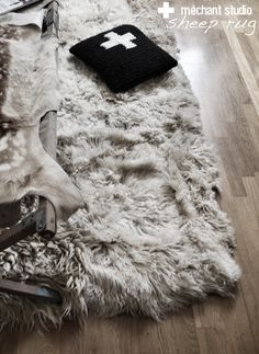 mechantstudio: Sheep Rug / Tapis peau de mouton