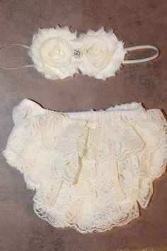 Vintage Lace Baby Bloomer, Diaper Cover and Headband Set, Ivory Lace Bloomer, Newborn, Baby Girl on Etsy, $16.95