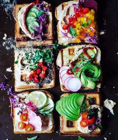 This is the prettiest healthy food EVER She keeps a plant-based diet, favoring breakfasts like this these rainbow waffle toasts topped with hummus, zaatar, avocado, and colorful veggies Rainbow Food, Eat The Rainbow, Healthy Smoothies, Healthy Snacks, Healthy Recipes, Diet Recipes, Rainbow Waffles, Clean Eating, Good Food