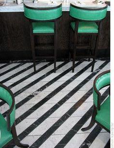#Decorar suelos con rayas - Desgastado #suelo_rayas #stripe_floors
