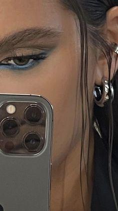 Indie Makeup, Edgy Makeup, Makeup Eye Looks, Eye Makeup Art, Cute Makeup, Makeup Goals, Pretty Makeup, Skin Makeup, Makeup Inspo