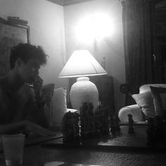 CALUM PLAYING NAKED CHESS WOAH WOW
