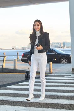 Korean Airport Fashion, Korean Fashion Dress, Asian Fashion, Blackpink Fashion, Daily Fashion, Fashion Outfits, Jessica Jung Fashion, Pretty Korean Girls, Tumblr Fashion