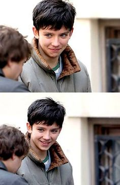ASA BUTTERFIELD IS PLAYING JACOB PORTMAN IN MISS PEREGRINE'S HOME FOR PECULIAR CHILDREN !!!!! MARCH 2016 << IM CRYING IM SO EXCITED YOU DONT EVEN UNDERSTAND