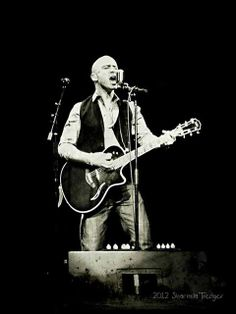 Ed Kowalczyk from the group Live