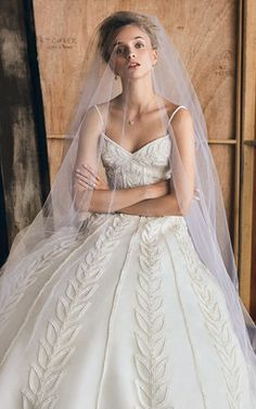 Elizabeth Kennedy M'O Exclusive Bridal Gown