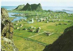 Værøy - Sørland med kirka . Sørli .