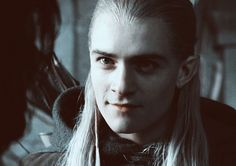 Legolas smiling at Aragorn - they had such a great friendship. And I mean FRIENDship. Nothing more. X[
