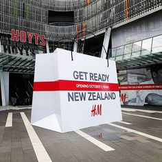"""H&M, Sylvia Park Shopping Centre, Auckland, New Zealand, """"Just let me shop and no one gets hurt"""", pinned by Ton van der Veer Shopping Center, Shopping Mall, New Career, Work Inspiration, Auckland, Fast Fashion, New Zealand, Centre, I Shop"""