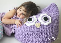 Crochet Oversized Owl Pillow - Repeat Crafter Me