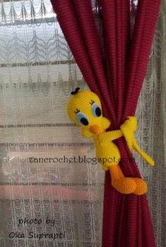 Zan Crochet: Tweety Curtain Tie Back