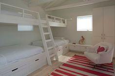 Bedroom bunkbeds