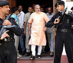 મોદી પટના વિસ્ફોટથી ડરી ગયા? અપાઈ ઝેડ પ્લસ સાથે ASL સુરક્ષા read more  http://www.divyabhaskar.co.in/article/MGUJ-GAN-modi-latest-news-z-plus-with-asl-security-to-modi-4422609-PHO.html