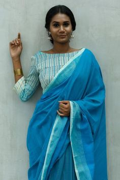 Satin Saree, Cotton Saree, Traditional Sarees, Traditional Dresses, Self Portrait Poses, Dusky Skin, Saree Jewellery, Formal Saree, Saree Photoshoot