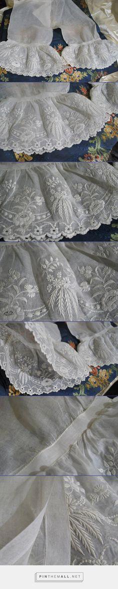 1860 Splendid Ladies Embroid Engageantes Under Sleeves | eBay - created via http://pinthemall.net