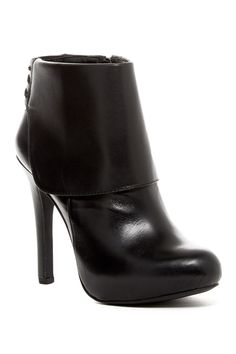 Jessica Simpson | Aarons Bootie | Nordstrom Rack  Sponsored by Nordstrom Rack.