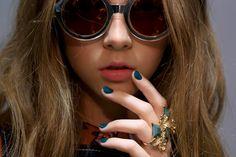 ¡Como una gema! Pinta tus uñas con el verde más sexy de la temporada