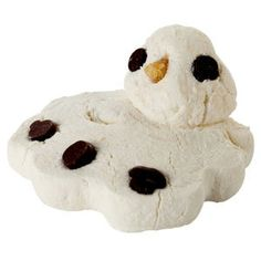 Perfect for winter baths ♡ LUSH Melting Snowman bath melt - warm up with their spicy snowman. Lush Handmade Cosmetics, Lush Cosmetics, Hot Toddy, Lush Shop, Lush Christmas, Christmas Crafts, Xmas, Small Thank You Gift, Melted Snowman