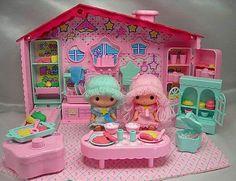 シャッケッケッケ Toys Land, Toy House, Polymer Clay Christmas, Little Twin Stars, All Things Cute, Retro Toys, Sweet Memories, Cute Icons, Classic Toys