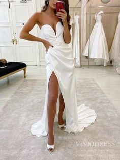 Sexy plunging V-neck wedding dress with slit - Sheath wedding dress withsweep train - Strapless - Zipper -Thigh split - Built-in-Bra Slit Wedding Dress, Wedding Dresses With Straps, Slit Dress, Cheap Wedding Dress, Bridal Dresses, Lace Dress, Prom Dresses, Formal Dresses, Cheap Tulle