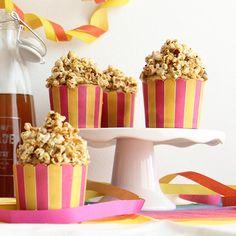 Kinuskipopcornit Joko, Kermit, Popcorn, Birthday Candles, Cereal, Breakfast, Desserts, Morning Coffee, Tailgate Desserts
