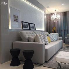Boaaa noiteee!! Mais um pedacinho do living que finalizamos hoje 🔝🔝💛💛 #boanoite #interiores #decor #detalhes #decoracao #decorating #decoracaodeinteriores #architect #arquitetura #arqmbaptista #arquiteturadeinteriores #living #marianemarildabaptista