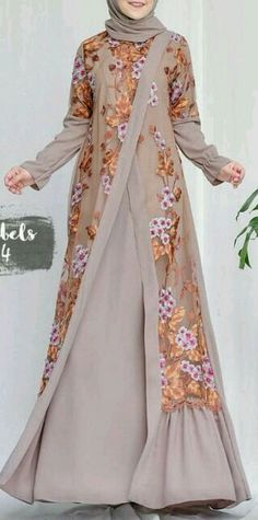 Kleider Kleid Gardening catalogues also have all of the equipment you could possibly need for any ty Islamic Fashion, Muslim Fashion, Modest Fashion, Fashion Dresses, Hijab Gown, Hijab Style Dress, Batik Fashion, Abaya Fashion, Dress Brokat
