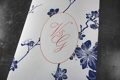 Letterpress-Einladungsbillets mit Monogramm. Letterpress, Notebook, Design, Visit Cards, Typography, Letterpresses, Notebooks, Letterpress Printing