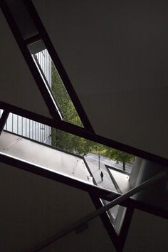 The Jewish Museum in Berlin opened its doors 14 years ago today. Inspired by a lecture given by Daniel Libeskind, Berlin-based photographer Laurian. Daniel Libeskind, Museum Architecture, Art And Architecture, Jewish Museum Berlin, Jüdisches Museum, Arch Building, Aesthetic Space, Memorial Museum, Beautiful Buildings