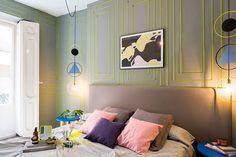 Casa colorida, decoração colorida, apartamento colorido, quarto, decoração de quarto, decoração cinza, parede cinza.