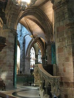 St. Giles Cathedral on The Royal Mile –  Edinburgh, Scotland.