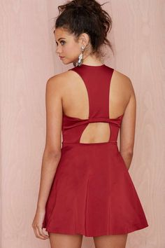 Nasty Gal Maya Box Pleat Dress - Going Out | Body-Con | Solid | Dresses
