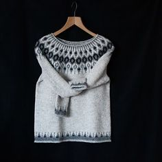This is my Telja ♡ Finally I can share! My first Icelandic sweater ♡ thank you so much Jenn for this wonderful test knit! I'm so happy with it, I love everything about it ♡ The name is beaut...