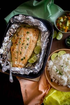 Food that makes me happy Mango Avocado Salsa, Greek Recipes, Salmon, Pepper, Lime, Pork, Honey, Cooking Recipes, Cookies